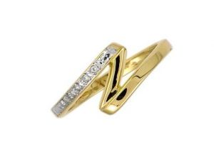 Avsar Real Gold And Diamond N Shape Ring