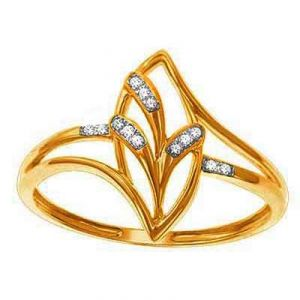 Beautiful Fancy Leave Shape Diamond Ring Bgr069