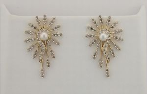 13.95 Ct Diamond Pearl Yellow Gold Earrings