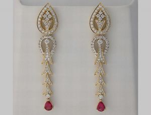 10.20 Ct Diamond Tourmaline Yellow Gold Earrings
