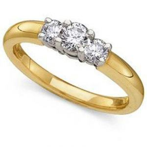1.07ct Three Stone 14k Gold Diamond Ring