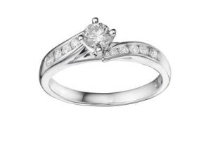 Kiara Solitiare Look American Diamond Ring Kir0112
