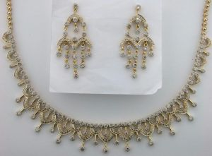 Diamond 14k Gold Bridal Necklace Set