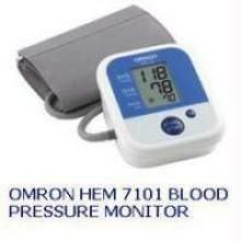 Health Care Appliances - OMRON HEM 7101 BP MONITOR  HEM7101