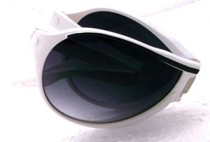 Trendy Men Folding Sunglasses-10011
