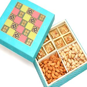 Blue Print 8 PCs Roasted Almond Bites ,almonds And Pistachios Hamper Box