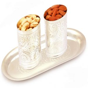 Dryfruits -silver Carved Glasses With Dryfruits