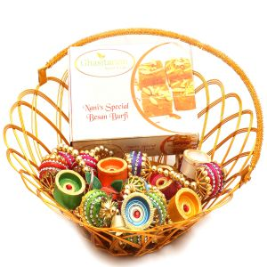 Hampers - Gold Wired Basket With Nani