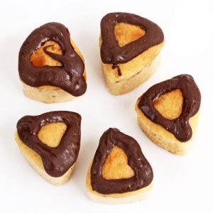 Gifts-mawa Chocolate Triangle Cake Bites