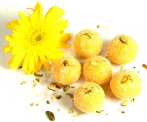 Sweets-ghasitaram Gifts Coconut Laddoo