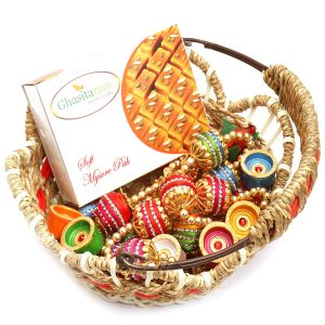 Hampers - Jute Cane Basket With Mysore Pak, Toran And Diyas