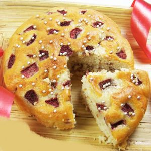 Gifts-strawberry Cake
