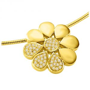 Surat Diamond Flower Shining With Diamond 0.30ct Luxurious Diamond Flower 18kt Yellow Gold Pendant P1328