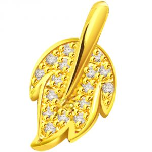 Surat Diamond 0.24 Cts 18k Gold Leaf Diamond Pendant P630