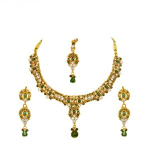rcpc,jpearls,surat diamonds,clovia,sukkhi,kalazone Imititation Jewellery Sets - Surat Diamond Green coloured Stone & Gold Plated Necklace Earring Set PS127