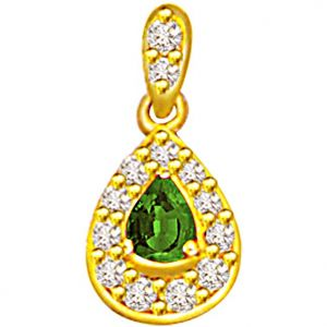 Surat Diamond 0.26ct Diamond & Emerald Gold Pendant - P508