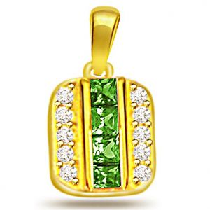 Surat Diamond 0.20ct Diamond & Lustrous Emerald Gold Pendant - P514