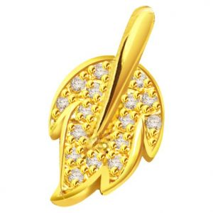 Surat Diamond 0.24 Cts 18k Gold Leaf Diamond Pendant - P630