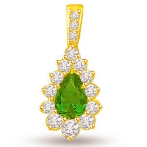Surat Diamond Pear Emerald 0.15 Cts Diamond 18k Pendant - P692
