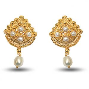 Surat Diamond 24kt Gold Plated Earrings With Freshwater Pearl Se140