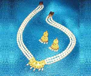 Surat Diamond Pearl Jewel Passion Necklace Sp376