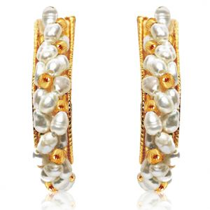 Surat Diamond Lush N Luminous Pearl Beauty Earrings Se9