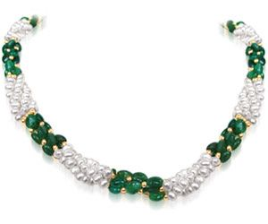 Surat Diamond - Sweet Emerald Embrace - Sn196