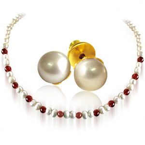 Surat Diamond - Pearl & Red Garnet Beads Necklace With Pearl Earrings - Sn25+se65