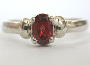 Surat Diamond - Oval Garnet Silver Ring- Sds119