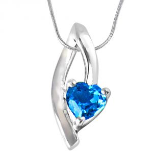 Surat Diamond Moonshine Heart Shaped Blue Topaz Set In Sterling Silver Pendant With 18 In Chain Sdp299