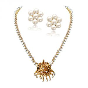 triveni,my pac,clovia,jharjhar,surat diamonds Necklace Sets (Imitation) - Surat Diamond Aparna Gold Plated Pendant & Single Line Real Pearl Necklace SN724