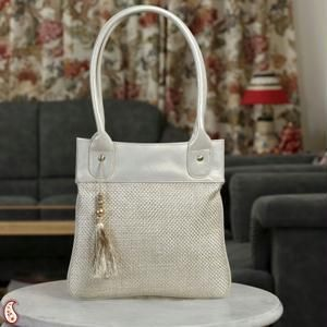 Beige Jute And Leatherite Tassel Tote Hand Bag