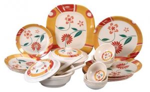 Attractive Collection Of 32 Pcs. Dinner Set
