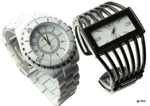 Stylish Combo - Mens Watch And Ladies Watch -081