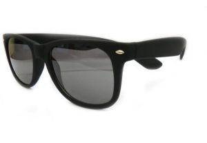 Black Wayfarer Sunglasses-82210/r
