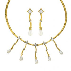 Sri Jagdamba Pearls Adorable Necklace Set Code 7060