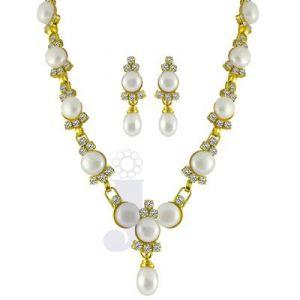 Jpearls Fashion, Imitation Jewellery - JPEARLS WHITE BEAUTY PEARL SET