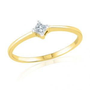 18kt Gold Impressive Diamond Finger Ring