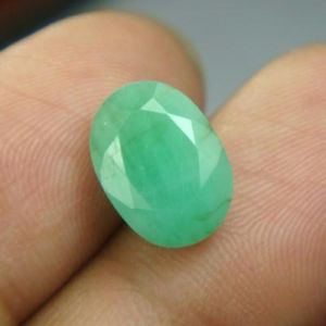 Buy Certified 4.62cts Natural Untreated Emerald/panna online