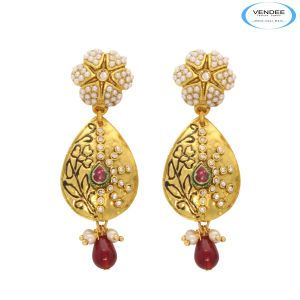 Buy Vendee Admirable Fashion Earrings online