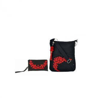 Buy Combo Of Pick Pocket Floral Bunch Wristlet With Black Small Sling Bag online