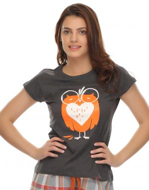 Buy Clovia 100% Cotton  Trendy Graphic T-Shirt In Cotton online