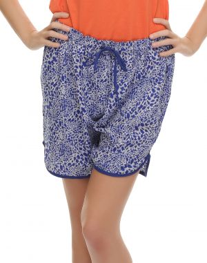 Buy Clovia Chic Printed Shorts In Blue Ns0418p08 online