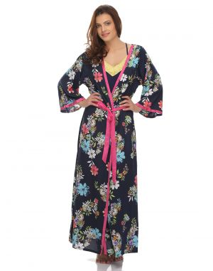 Buy Clovia Crepe Classic Floral Printed Long Robe (product Code - Ns0477p08 ) online