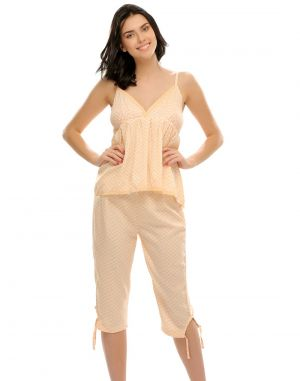 Buy Clovia Printed Capri & Cami Nightwear Set Ns0479p02 online