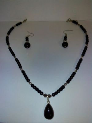 Buy Black Onyx Pendant Necklace In German Silver Plus Free Matching Earrings online
