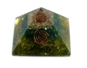 Buy Green Dyed Quartz Chips Orgone Pyramid ( 65 MM ) online