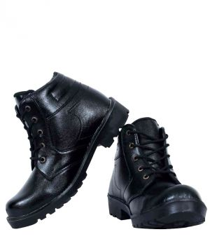 Buy Elvace Black Das Boot Men Shoes online