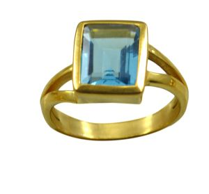 Buy Riyo A Blue Topaz Cz 18kt Gold Plated Stylish Ring Gprbtcz80-92118 online
