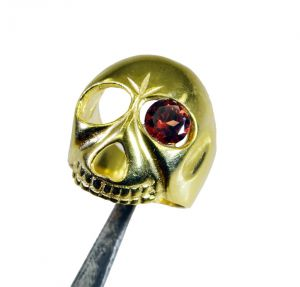 Buy Riyo Gemstone 18kt Gold Plated Skull Ring Gprskull50-280008 online